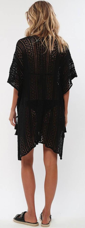 Vzdušné čierne plážové šaty