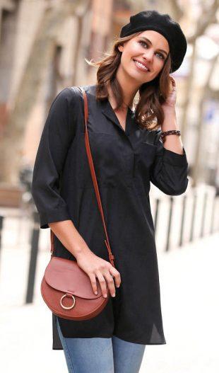 Jednofarebná čierna tunika s 3/4 rukávmi